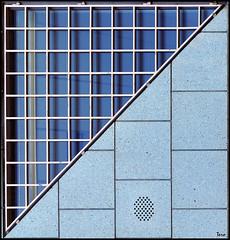 window (TeRo.A) Tags: ikkuna window sininen blue reflection heijastus varjo shadow pori nikond300s creattività superstarthebest square architecture