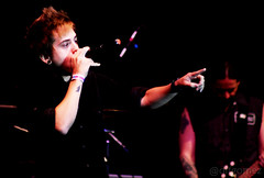 DH (Banda Cine) (Diogo Frana) Tags: music black rock metal capital sp soul mpb rap reggae heavy festa msica aniversrio cubo repblica rpm supla 457 mallu publico inocentes 2011 falamansa aniversriodesopaulo thade gad spaocubo