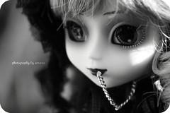 Noa (Amarie Photography ©) Tags: black doll noir dress little gothic mini lolita groove pullip rare muñeca junplanning minipullip