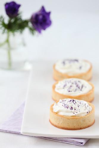Mousse de fromage blanc a la violeta