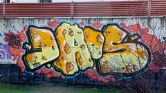 daos (dug_da_bug) Tags: madrid graffiti spain daos
