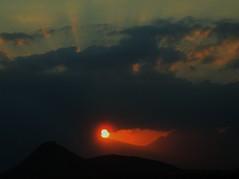 Golden Ball (Kumaravel) Tags: sunset sunlight canon goldenball kumaravel 95is canonixus95is canondigitalixus95is