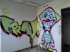(Pastor Jim Jones) Tags: graffiti character clown lcm bs2 frajo