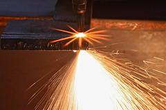 """Ferro fuso / Molten iron (AndreaPucci) Tags: canoneos400 canonef24105mmf4lis andreapucci italia italy toscana tuscany ferrofuso molteniron ossitaglio cutting"""" livorno saldatura welding scintille sparks stella star picchianti"""