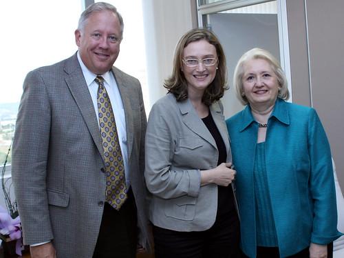 Embaixadora para Assuntos Globais da Mulher visita o Brasil / Ambassador for Global Women's Issues visits Brazil by Embaixada dos EUA - Brasil