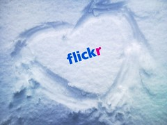 explored =) (Gunay Kazimli) Tags: snow love flickr heart amore amora  jetaime  moiplus
