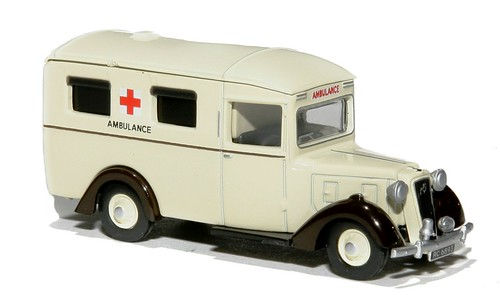Oxford Austin ambulance (1)