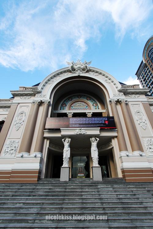 opera house vietnam
