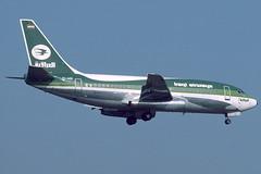 Iraqi Airways Boeing 737-200 YI-AGI (Manfred Saitz) Tags: vie boeing737 iraqiairways viennaairport yiagi
