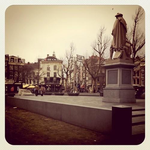 Echt veel lelijker had het Rembrandtplein niet kunnen worden.