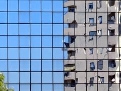 Liquefazione (NIKOZAR (Nicola Zaratta)) Tags: building mirror nikon coolpix palazzo taranto liquefy p500 paolovi nikoncoolpix specchi fluidifica liquefazione nikonp500 nikoncoolpixp500 coolpixp500 mirrorser doublyniceshot nikonkoolpix