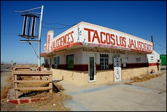 Tacos Los Jalisciences Cerado (greenthumb_38) Tags: color abandoned colorful closed 15mm saltonsea abandone westmorland 15mmfisheye tacoshop cerado canonef15mmf28fisheye canon40d saltonseaarea jeffreybass tacoslosjalisciences