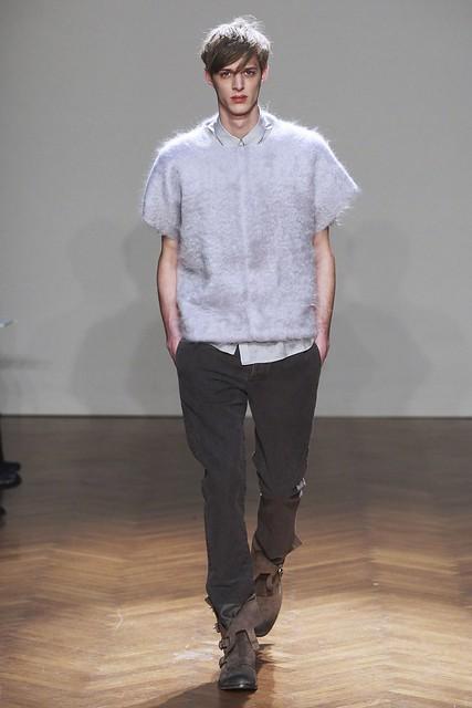 Benoni Loos3234_FW11_Milan_Albino Deuxieme(Sinply Male Models)