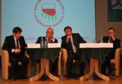 Panel dyskusyjny - 13 marca 2011 (AkademiaSubyPublicznej) Tags: krakow miller marca 12 13 jerzy pl marcin akademia flis rafa arkady zjazd wse prostak gowin jarosaw stpie suby rzegocki publicznej zawicki