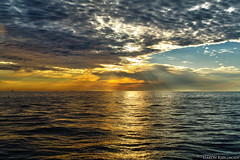 Special Evening (Hkon Kjllmoen, Norway) Tags: ocean sunset sky reflection norway clouds canon landscape silent 2006 calm hdr hkon naturesfinest hkonkjllmoen wwwkjollmoencom kjllmoen
