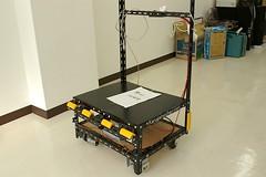 Arduinoベースの自動追尾台車