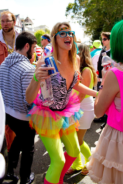 Bay To Breakers 2011: neon