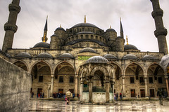 The Blue Mosque (mikaelphoto) Tags: blue turkey istanbul mosque hdr sultanahmet camii