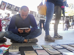 SAM_3208 (bemoralesop) Tags: lectura libros udec feria anarquismo