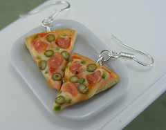 Bacon Pizza Earrings (Shay Aaron) Tags: italy food cheese miniature italian junk handmade aaron fake fast mini jewelry ham polymerclay fimo american tiny olives faux shay pizzeria dangle mozzarella geekery jewel petit shayaaron wearablefood