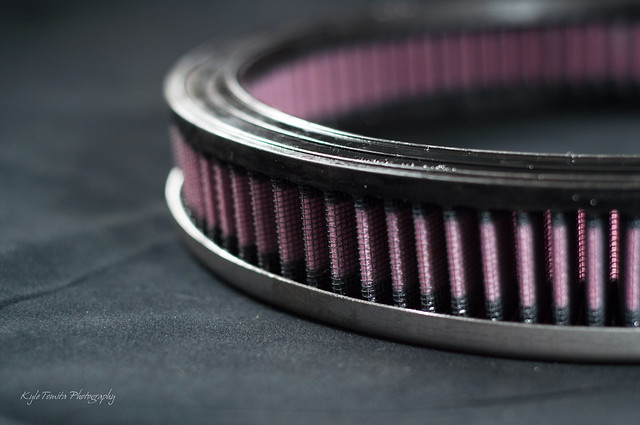 Air filter for shaker hood scoop