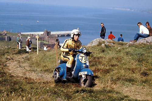 i o m scooter week 1969  ramsey hill climb  1