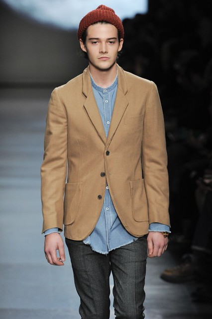 Rob Moore3340_FW11_Paris_Paul Smith(fmag)