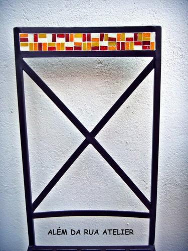 cadeira de ferro com mosaico - detalhes