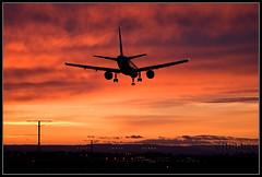 Last light (djlpbb40) Tags: sunset color oregon portland twilight colorful dusk dal delta pdx boeing dl 757 deltaairlines 757200 752 kpdx 757232 portlandinternationalairport