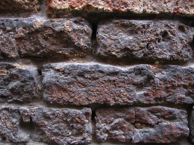 ヴェネツィアのレンガ壁のフリー写真素材