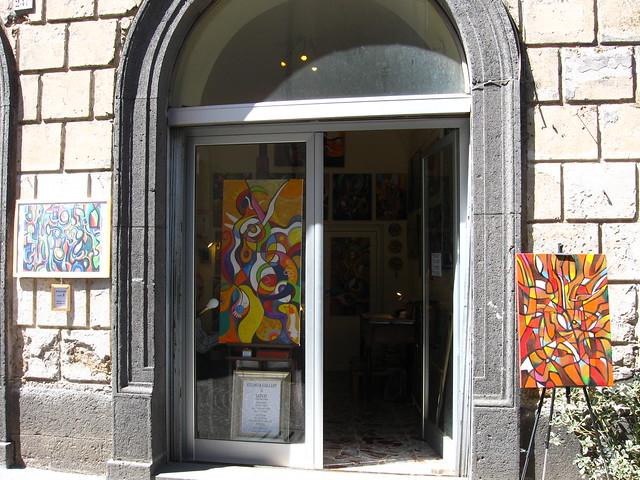 絵画店のフリー写真素材