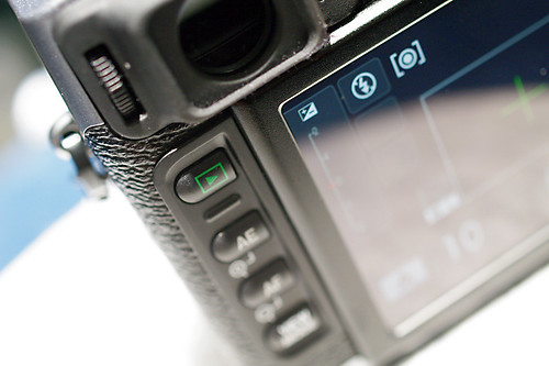 FinePix X100 finder
