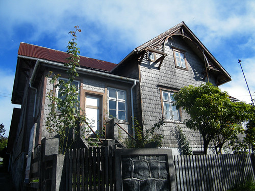 Casa Rehbein [1933] - Puerto Varas, Chile by katiemetz, on Flickr