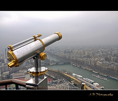 Classic shot (Alexis.D) Tags: winter paris france tower fog seine tour hiver brouillard hdr lunette effeil