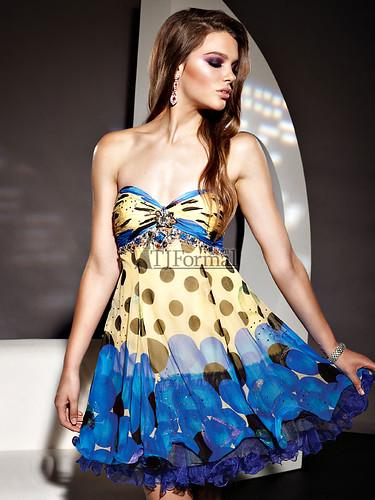 short formal dresses 2011. Prom Dresses 2011 (Set)