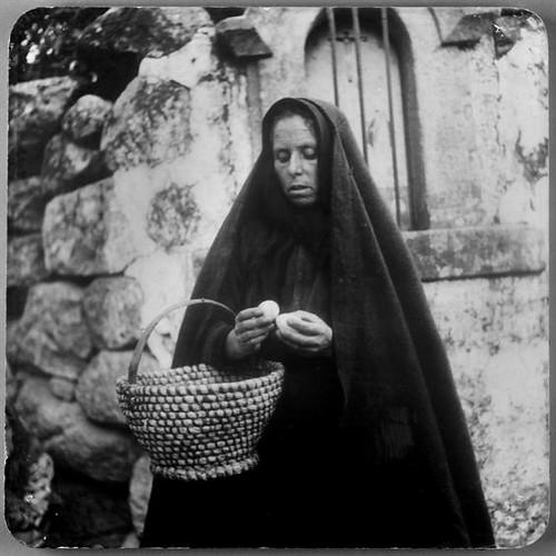 mulher com ovos