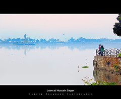 Amour (Habeeb MD) Tags: couples lovers hyderabad tankbund hussainsagar hyderabadtankbund hyderabadhussainsagar dawnathussainsagar