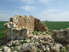 Bedouin bayka remains (Uri ZACKHEM) Tags: wwi negev naqab ziklag tallsharia