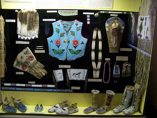100_3712_Indian_Beadwork_In_Museum