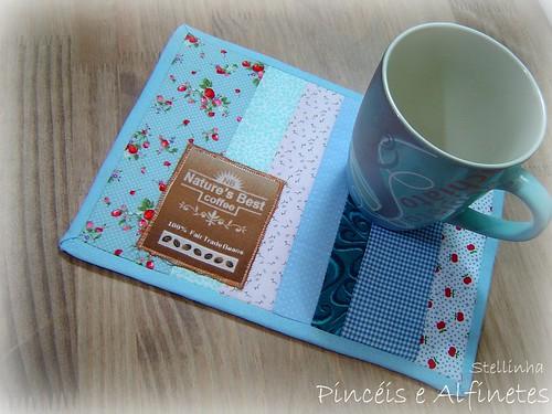 mug rug blue
