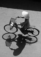 Hi An, Vit Nam (nicnac1000) Tags: shadow bw bike vietnam hoian explore vitnam hian c2nc nttshadow ntttransport nttransport