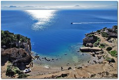 Overviewing (n.pantazis) Tags: blue sea people sun sunlight white mist mountains beach archaeology port landscape coast boat horizon aquamarine queue visitors sunreflection hera mistymountains loutraki heraion sunlightreflection fastboat