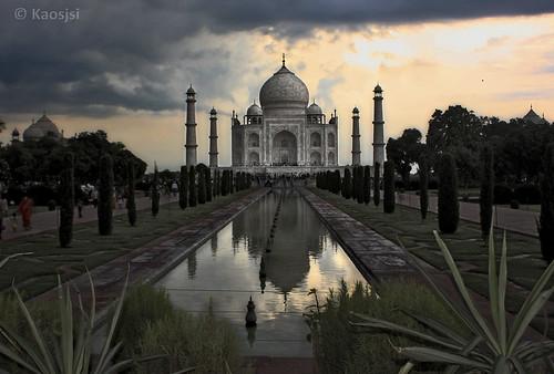 Taj Mahal by Kaosjsi