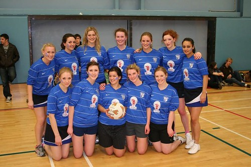 MedSoc Netball Guys Girls 2011
