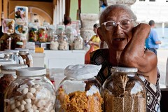 Cartagena - Colombia (gerdaindc) Tags: old woman glass shop lady grey glasses store colombia candy market jar cartagena