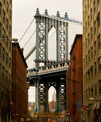 Manhattan Bridge from DUMBO, Late Winter 2011 (Diacritical) Tags: bridge explorer dumbo explore manhattanbridge empirestatebuilding iso1600 gaussianblur washingtonst 70mm 2470mmf28 d700 14000secatf28