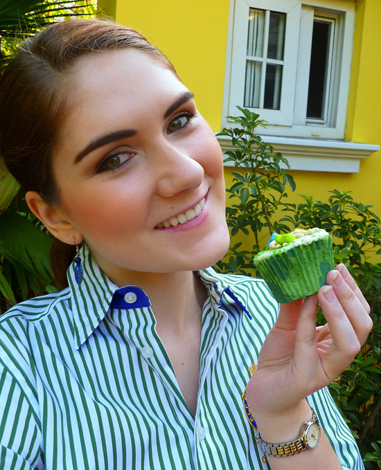 03 March 17 - Magnolia's Green Velvet Cupcakes (1)