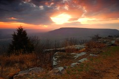 Mt. Nebo sunset (photogg19) Tags: sunset mountain nikon arkansas mtnebo dardanelle d40 truegrit arkansasrivervalley