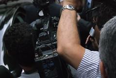 Hospital Srio-Libans, morte de Jos Alencar, trabalho da imprensa 34 (MaGioZal) Tags: brazil car brasil radio tv video media saopaulo mayor sopaulo internet reporter photographers sp cameras carro press reporters vp imprensa cameramen recorders rdio prefeito vicepresident march29 mdia fotgrafos 2011 belavista jornalista cobertura cmeras jornalistas vicepresidente reprter kassab gravadores gilbertokassab sriolibans josalencar josealencar hospitalsriolibans siriolibanes 03292011 29032011 exvicepresidente vicepresidentofbrazil formervicepresidentofbrazil exvicepresidentofbrazil repteres siriolibanes2903bymagiozal