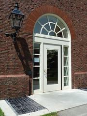 Cambridge, MA, Harvard University, Harvard Yard Dormitory Entrance (Mary Warren (7.3+ Million Views)) Tags: cambridgema harvarduniversity dormitory entrance portal door lamp arch